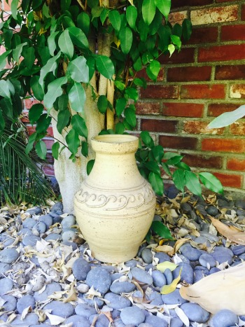 We think pots from far away places are beautiful all on their own, but you can, of course, use them to actually pot plants, or hold freshly cut flowers from your garden!