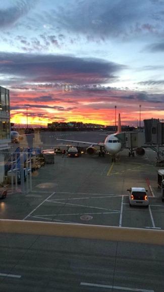 Flughafen (Airport)