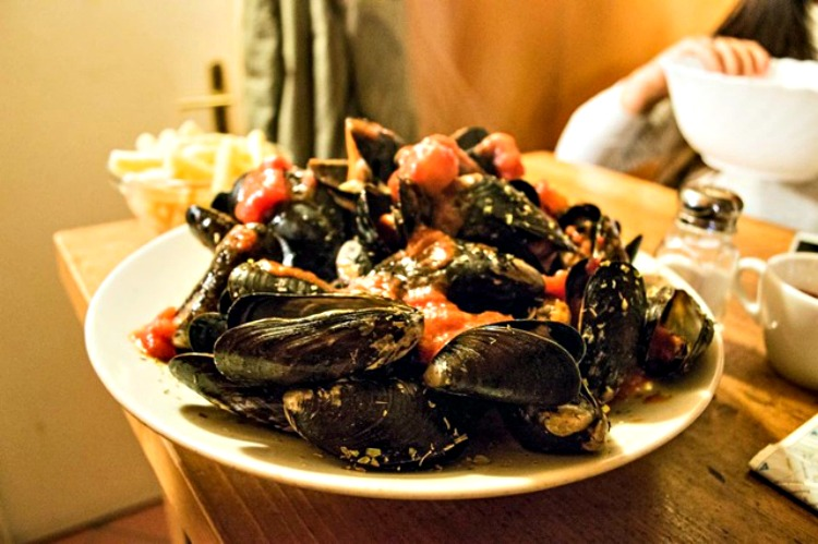 Mussels as photographed by by Christina Guan.
