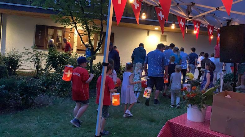 lampionumzug - children's paper lantern walk
